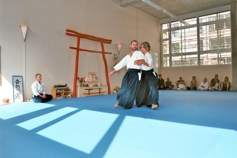 Evolutianory Aikido  in Uster, near Zurich, with Peter and Julia dans English version 536857_293133487463906_1321979625_n3